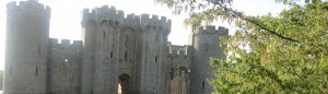 cropped-bodiam-castle.jpg
